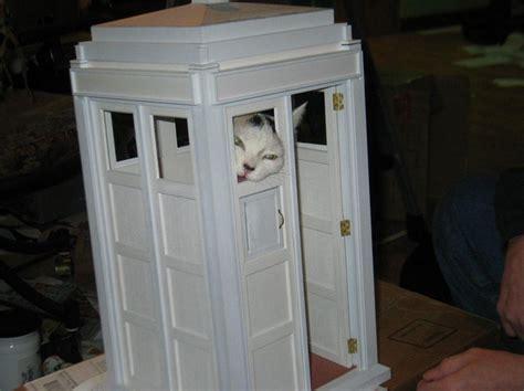 Tardis Cat Playhouse Diy Icreatived Tardis Cat House Plans