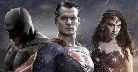 justice league film rumours zack snyder rumored to lose justice league control