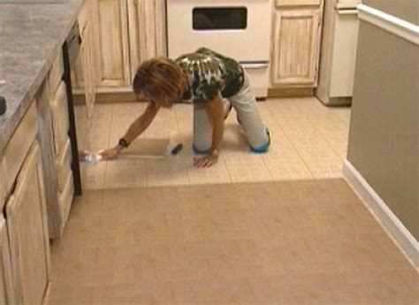 how to lay self adhesive floor tiles in bathroom how to install self stick floor tiles how tos diy