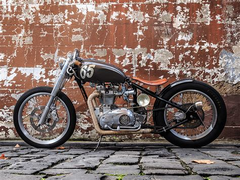Triumph Motorrad Bobber by Building A 1965 Triumph T120 Bobber Motorcycle Trader