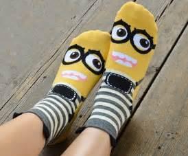 diy minion socks minion socks