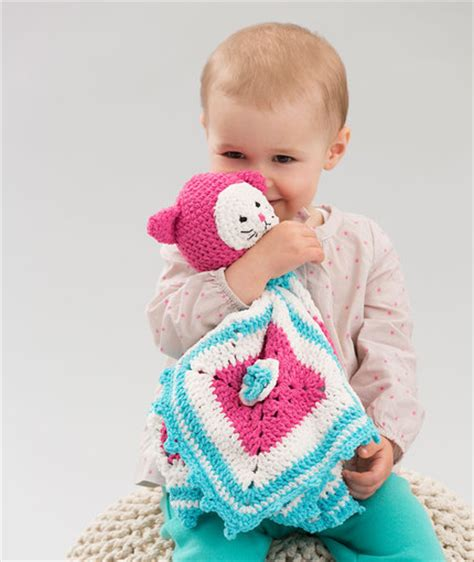 Baby Hugs Medium Warna 4825 15 projects to crochet and knit