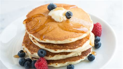 easy fluffy pancakes recipe how to make pancakes from