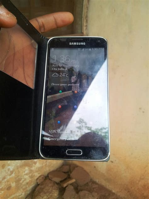 samsung s5 for sale fairly used samsung galaxy s5 white and black for sale