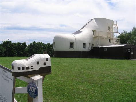 shoe house in pa haines shoe house york pa pennsylvania pinterest
