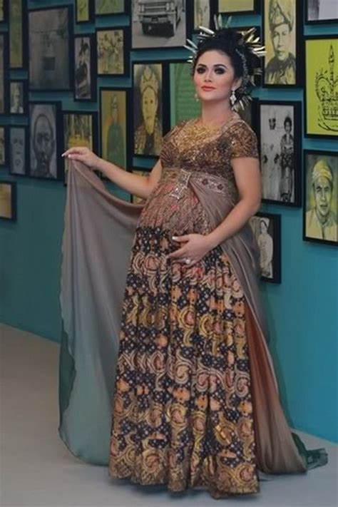 kebaya model ibu hamil 17 ide kebaya modern untuk ibu hamil ide model busana
