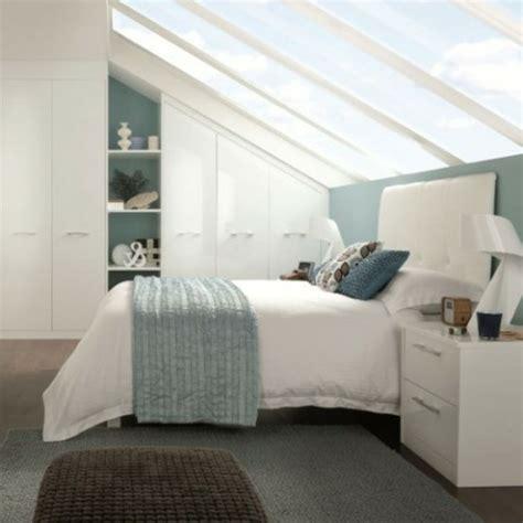 einrichtungsideen schlafzimmer mit dachschr ge 1001 ideen f 252 r einbauschrank f 252 r dachschr 228 ge tolle designs