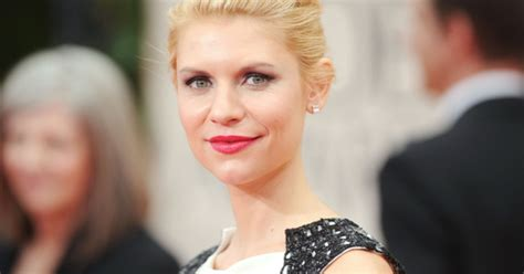 claire danes star movie homeland star claire danes gives birth to son rolling