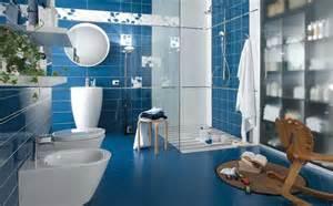 badezimmer blau badezimmer fliesen mosaik blau gispatcher