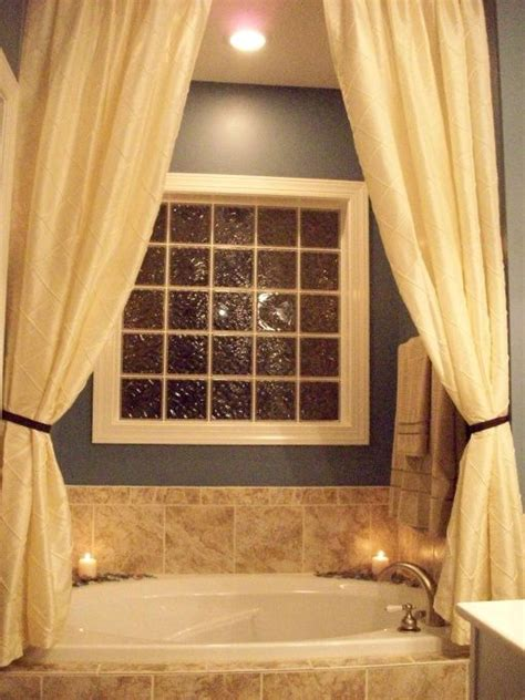 shower curtain for garden tub 25 best ideas about garden tub decorating on pinterest