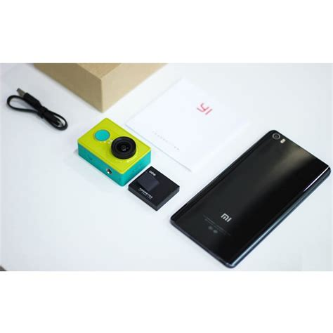 Xiaomi Yi Travel Edition xiaomi yi travel edition with monopod green