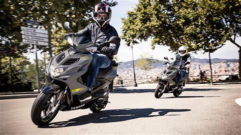 aerox  scooters yamaha motor