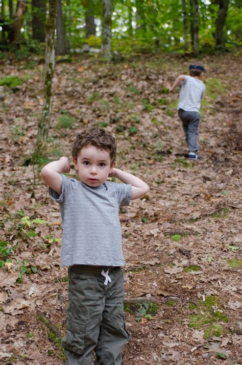 little boy show pee pee pee standing boy tallgibb blogspot boy style little boy pees cing download foto gambar wallpaper