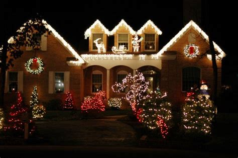 best christmas house decorations the best 40 outdoor christmas lighting ideas that will