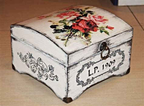 Decoupage Gift Ideas - 25 best ideas about decoupage box on farewell