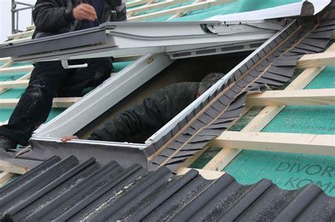 velux rollladen einbau velux solarrollladen als sonnenschutz und w 228 rmed 228 mmung