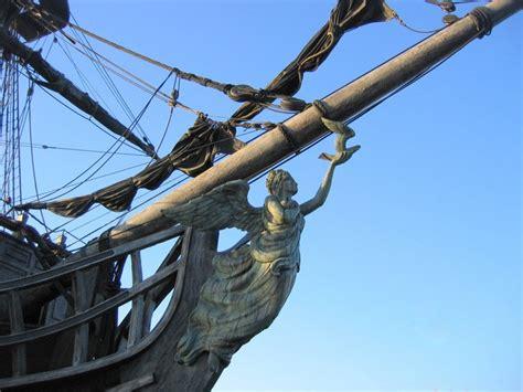 figure heads black pearl figure on bow of ship history