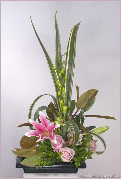 flower arrangement styles freestyle ikebana yukiko s floral design studio