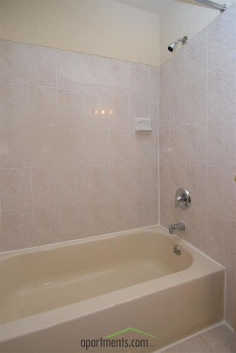 bathroom chesterfield chesterfield townhomes rentals edison nj apartments com