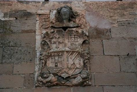 booking apartamentos juan bravo atienza escudo de armas de los bravo de laguna picture