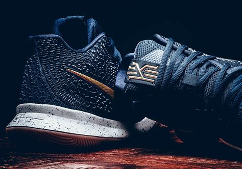 Sepatu Basket Nike Kyrie 3 Gold Medal official nike kyrie 3 obsidian metallic gold summit white 852395 400 basketball shoe kyrie