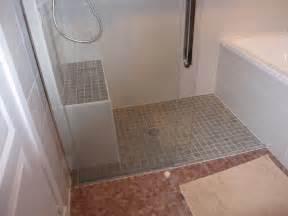 Charming Model De Faience Pour Salle De Bain #11: Modele-petite-salle-de-bain-avec-douche-italienne.jpg