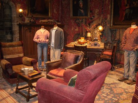 gryffindor common room 1000 images about gryffindor common room on floor ls side tables and harry