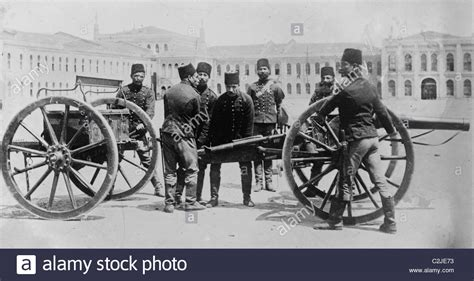 ottoman artillery turkish artillery of the ottoman empire wwi stock photo