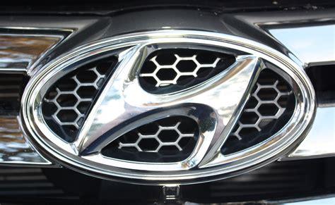hyundai logo hyundai logo huyndai car symbol meaning and history car