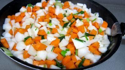 cuisiner un navet navets beurre et jus de volaille recette l 233 gumes