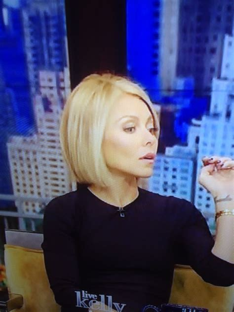 how does kelly ripa style her hair 124 best bob hairstyles images on pinterest hair cut