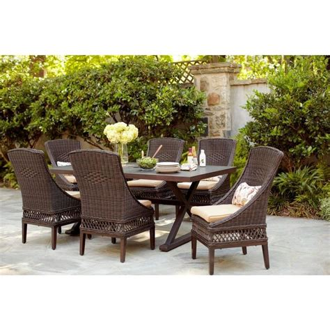 Woodbury 7 Patio Dining Set by Woodbury 7 Patio Dining Set With Textured Sand Cushions