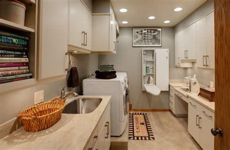 chicago cityscape living room remodel drury design 2nd floor laundry room contemporaneo lavanderia