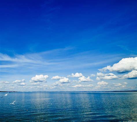 download wallpaper laut biru pemandangan langit biru laut wallpaper sc android