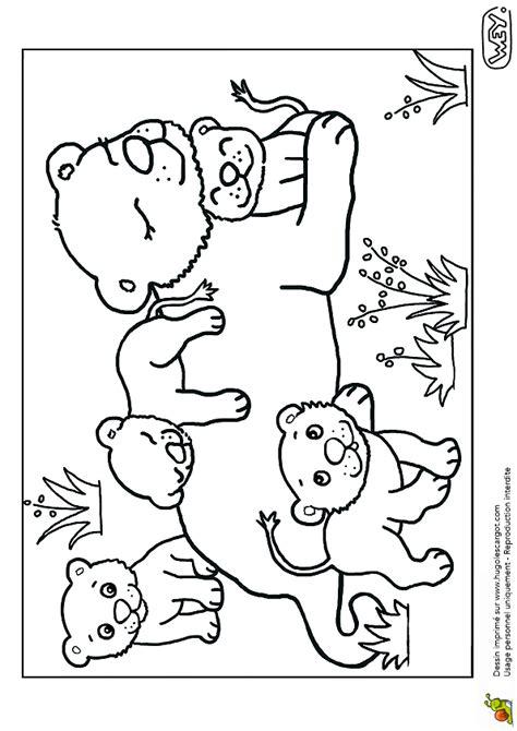 Coloriage Potrait De La Maman Lionne Avec Ses Lionceaux Coloriage Chevre Imprimer Voir Le Dessin L