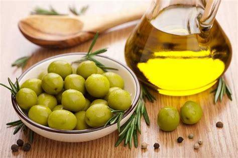 Minyak Zaitun Per Mili manfaat minyak zaitun untuk kesehatan alodokter