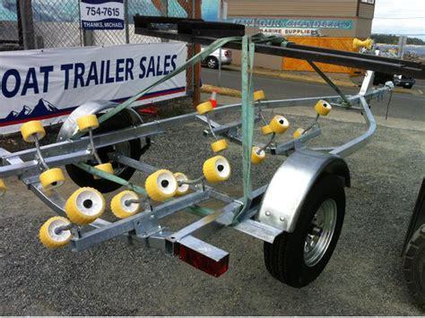 roadrunner boat trailers new road runner boat trailer 2300 lb carrying capacity