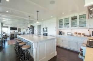Hamptons kitchen beach style kitchen new york by