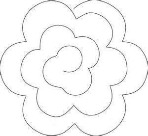Rolled Paper Roses Template by Best 25 Rolled Paper Flowers Ideas On
