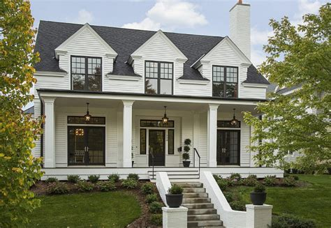 farmhouse style house 10 inspiring modern farmhouses labor day sale picks for