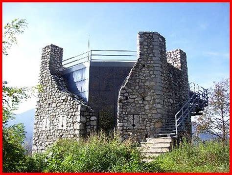 delle tolmezzo torre picotta di tolmezzo castelli friuli venezia
