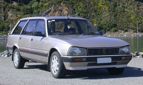 the peugeot family peugeot 505 family photos and comments picautos com