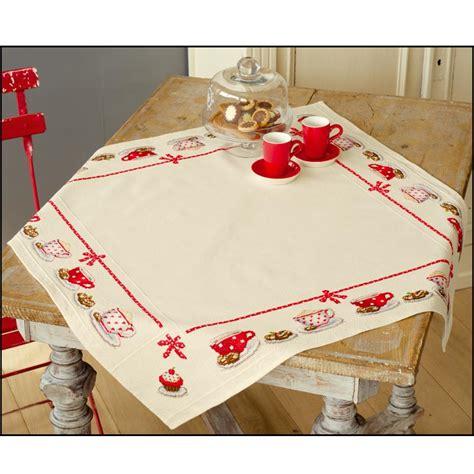 tache de café sur canapé tissu nappe nappe 224 broder point compt 233 nappe 224 broder at