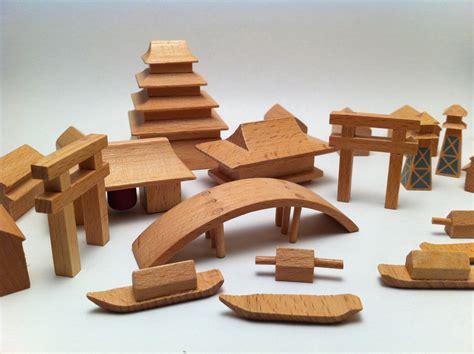 juguetes de madera  juguetes
