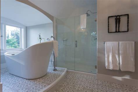 windsor bathroom suite windsor suite bathroom picture of maple bay manor