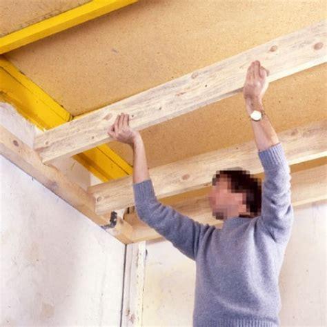 Construire Un Faux Plafond by Faux Plafond En Panneaux De Particules Agglom 233 R 233