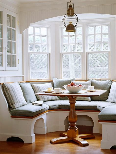 inspired   charming banquettes  inspired room