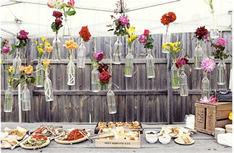 como decorar botellas de vino con flores decorar con botellas vac 237 as y flores paperblog