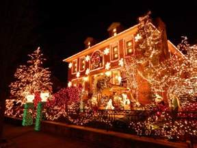dyker heights christmas lights bus tour brooklyn nyc