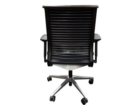 fauteuil de bureau steelcase fauteuil steelcase think adopte un bureau